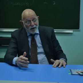 Встреча студентов магистерской программы по письменному переводу с Брюсом Леймсидором